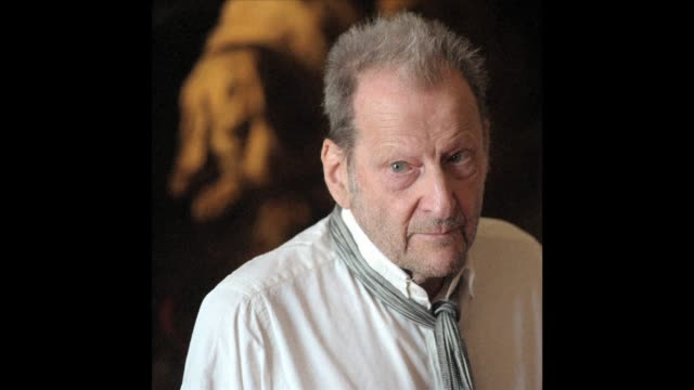 Realist painter Lucian Freud grandson of the inventor of modern psychoanalysis Sigmund Freud and widely seen as Britain's top contemporary artist has...