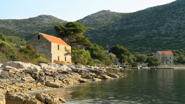 HD DOLLY: Remote Mediterranean Houses