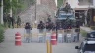 28 reos murieron y otros tres resultaron heridos el jueves durante una rina al interior de una cárcel de Acapulco un turístico puerto pacífico...