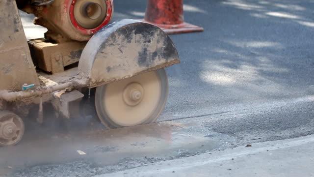 Reparatur von Straßen vor