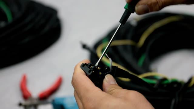 Replacing a plug