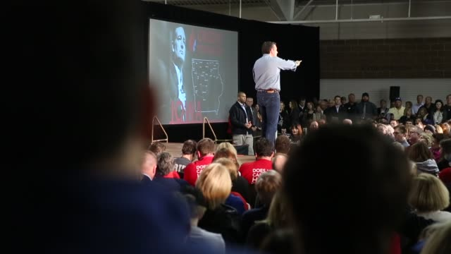 Republican presidential candidate Sen Ted Cruz speaks to Iowa voters during a rally at the Iowa State Fairgrounds January 31 2016 in Des Moines Iowa