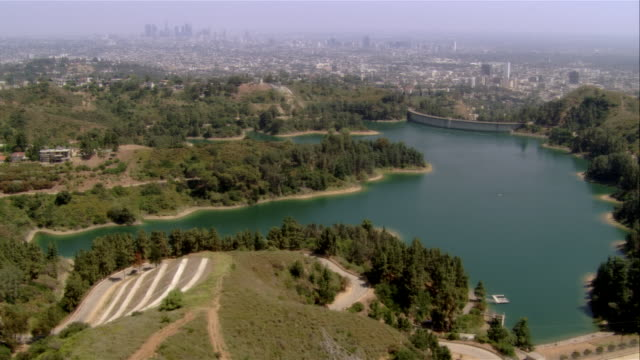 AERIAL reservoir, Hollywood, California, USA