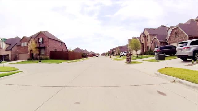 estate strada residenziale