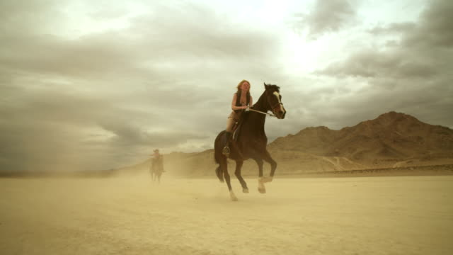 (Slow Motion) Riding Horses in the Dessert 02