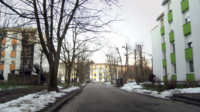 HD CRANE: Road In The Apartment Complex