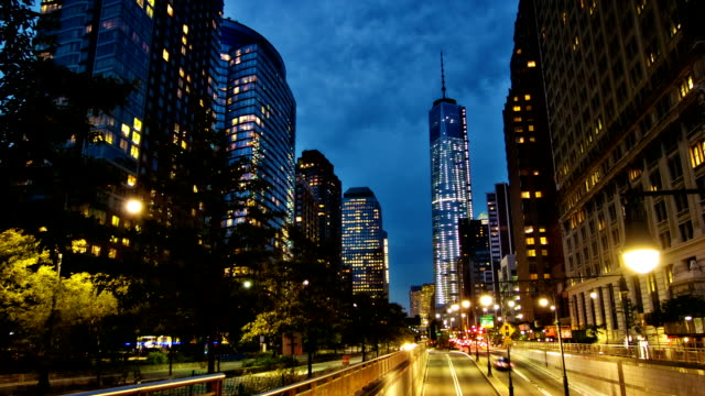 Strada alla Freedom Tower