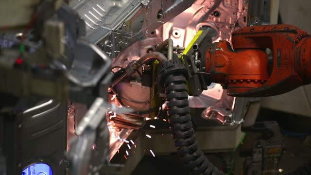 HD Robot Welding on Car Body