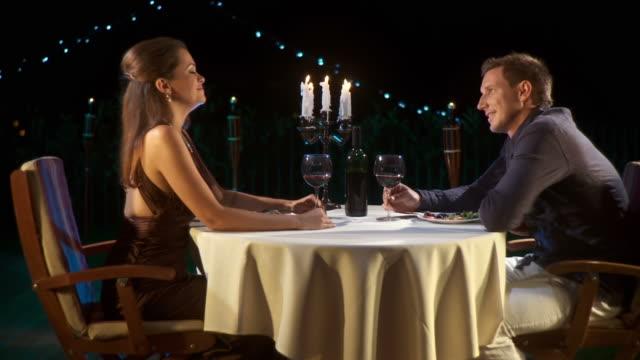 HD DOLLY: Romantic Proposing