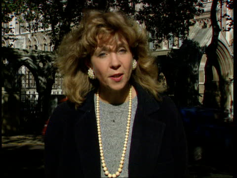 Roy Kinnear's widow awarded damages ENGLAND London High Court CMS Thirkettle i/c SOT CMS Carmel Kinnear speaking to press SOT Money will not make up...