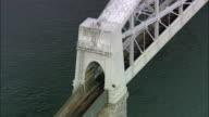 royal Albert und Tamar Bridge-Luftaufnahme-England, Cornwall Vereinigtes Königreich