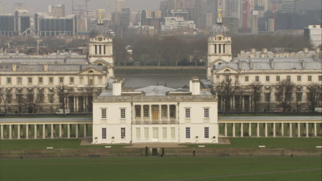 WS, HA, Royal Naval College, Canary Wharf in background, London, England