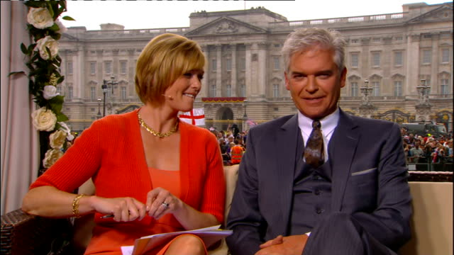 Royal wedding of Prince William and Kate Middleton ITV News Special PAB 1430 1530 London Etchingham and Schofield Ann Curry interview SOT SPLIT...