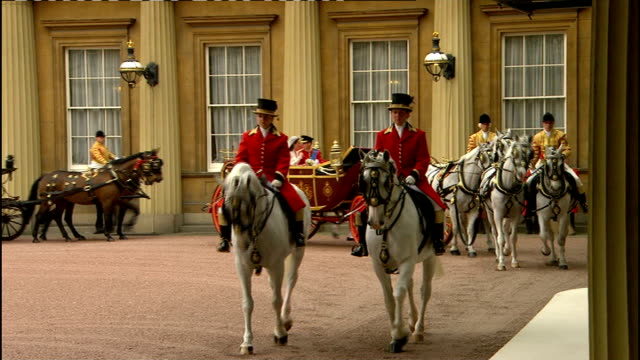 Royal wedding of Prince William and Kate Middleton ITV News Special PAB 1130 1230 Duke and Duchess of Cambridge state carriage through Buckingham...