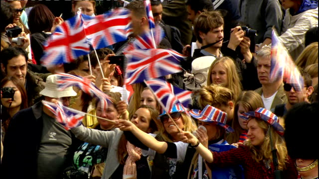 Royal wedding of Prince William and Kate Middleton ITV News Special PAB 1130 1230 EXT Crowd of royal wedding wellwishers singing 'Jerusalem' hymn...