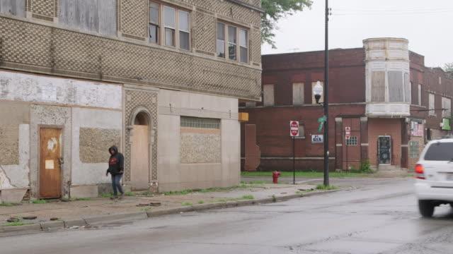 WS Run-down buildings in ghetto day