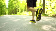 HD SUPER SLOW-MO: Runner's Footwear