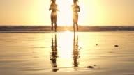 Running Beach Blond Twin Sunset California Santa Monica SantaMonicaVideo