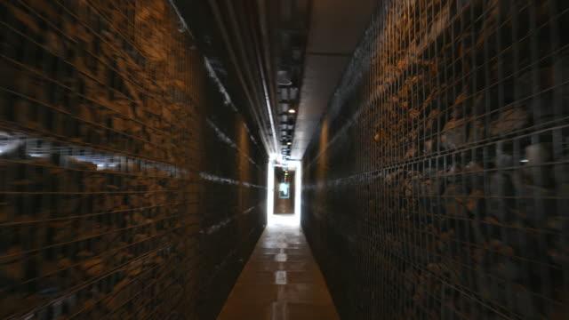 Laufen in den tunnel