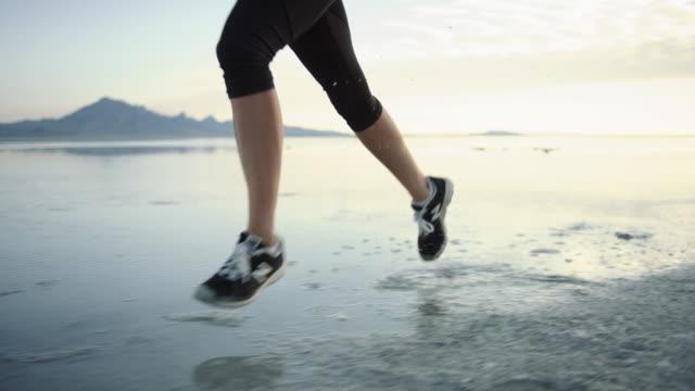 SLO MO 4K: Running on the Salt Flats