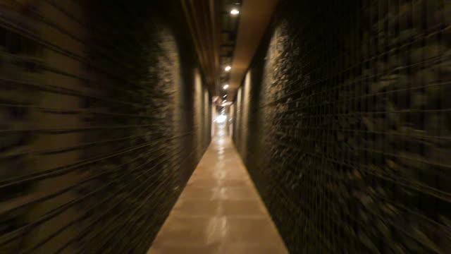 Running-tunnel