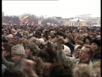 Rushes Gorbachev's politics called into question Anticommunist / democratic demonstrations in Moscow meeting with Boris Yeltsin people making banners...
