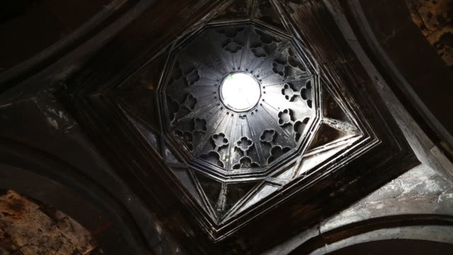 Saghmosavank monastery, interior view of the church