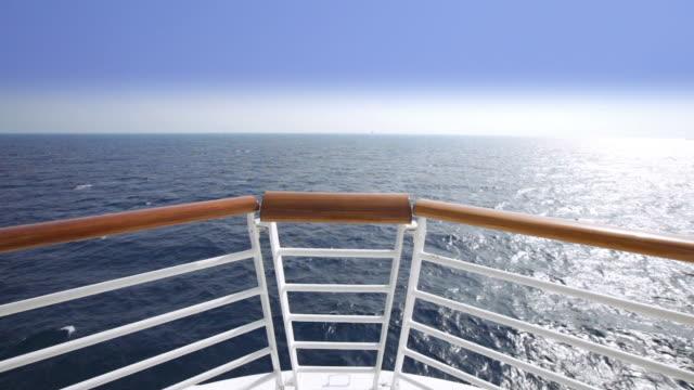 HD-Segeln Blick vom Schleife auf einem Kreuzfahrtschiff