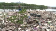 Sailors who fall in the waters of Guanabara Bay during the Rio 2016 Olympics may catch hepatitis from the water says Brazilian biologist Mario...
