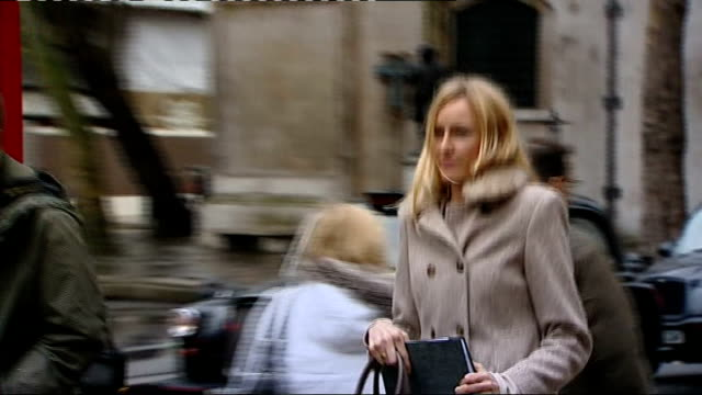 Sally Roberts launches appeal to stop son Neon receiving radiotherapy for brain tumour DATE London PHOTOGRAPHY *** Sally Roberts arriving at court