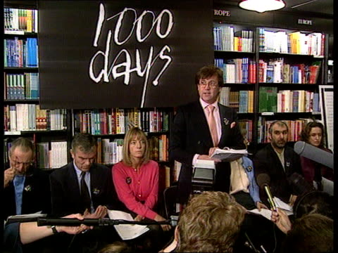 Salman Rushdie 1000th day in hiding ENGLAND MS Melvyn Bragg Presenter South Bank Show taking seat with others at 1000 days Pkf GV Press CS Richard...