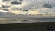 Sabbia in spiaggia e tramonto, Time Lapse