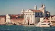 WS - Santa Maria del Rosario church (I Gesuati), boats passing by