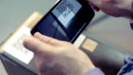 Scansione codice QR con telefono intelligente