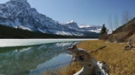 WS Scenic lake surrounded by snowcapped mountains in Canadian Rockies / Banff, Alberta, Canada