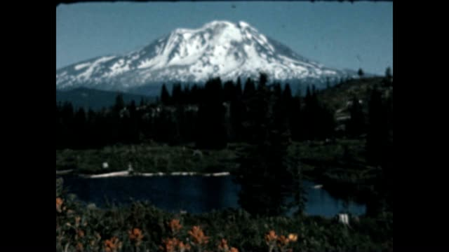 Scenic views of Mount Saint Helens and Saint Helens Lake before the eruption