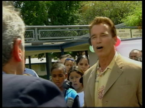Schwarzenegger speaking to press CBV Smith asking question Arnold Schwarzenegger speaking to press SOT I have heart/ cannot be paid off/ I've run...