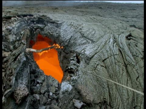 Scientists take molten lava sample Hawaii