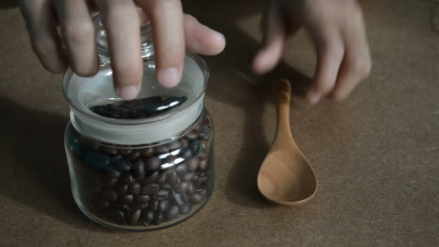 scoop coffee beans
