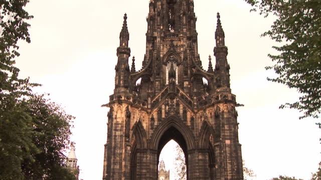 Scott Monument in Edinburgh - HD & PAL