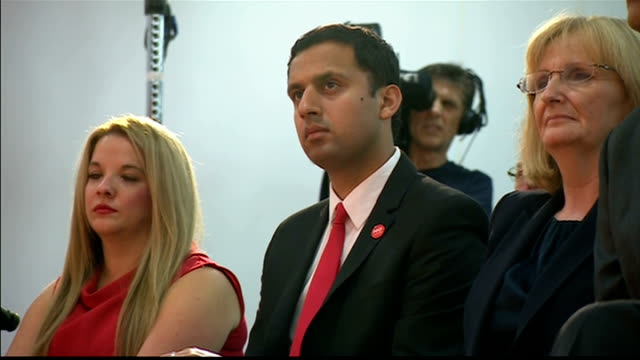 Ed Miliband reaction to result INT Cutaways of Labour reaction to No vote result Ed Miliband Alistair Darling and Johann Lamont arriving in room /...