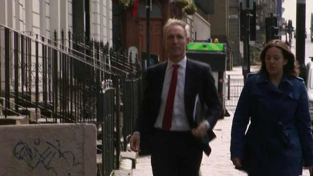 Scottish Labour leader Kezia Dugdale resigns R16051502 / EXT Jim Murphy arriving for Scottish Labour Party National Executive Committee meeting