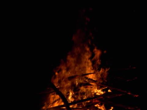 Seamless looping image of a blazing bonfire.