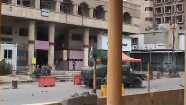 Security forces captured two suicide bombers affiliated with ISIL terrorist group before they could detonate their explosives at Qasr Hotel in Iraq's...