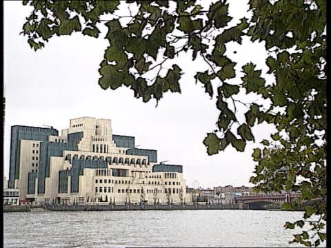 Security forces criticised MARK LLOYD CLIPREELENGLAND LondonLGV MI6 HQ seen across river ZOOM IN LA GV bldgTX
