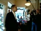 Senator Barack Obama apologises to coffee shop proprietor for causing media disturbance New Hampshire December 2006