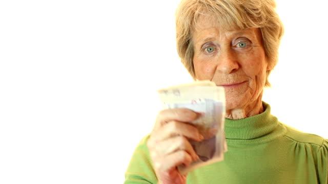 Senior Cash Bonus