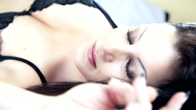HD DOLLY: Sensual Woman In Sexy Lingerie