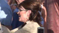 September 21 2008 CU Republican vice presidential candidate Sarah Palin shaking hands and signing autographs/ Florida