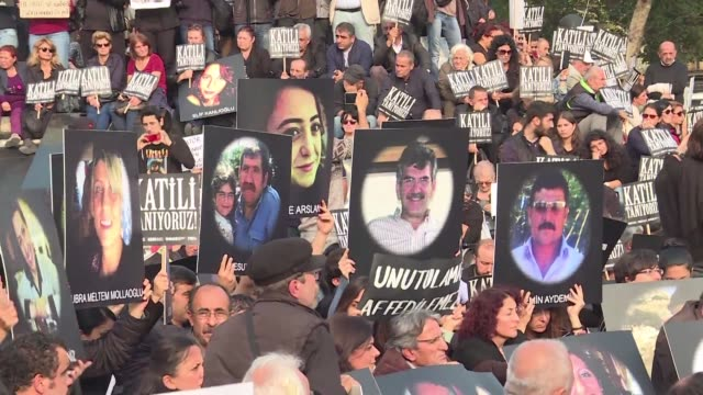 Several thousands rallied in towns around Turkey on Saturday in honor of the 102 people killed in last weekends double suicide bombing in Ankara